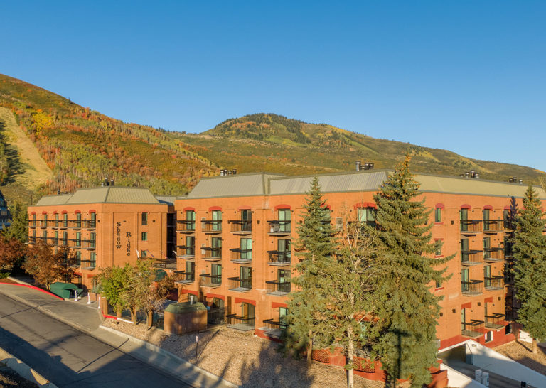 Shadow Ridge Exterior with mountains in the background