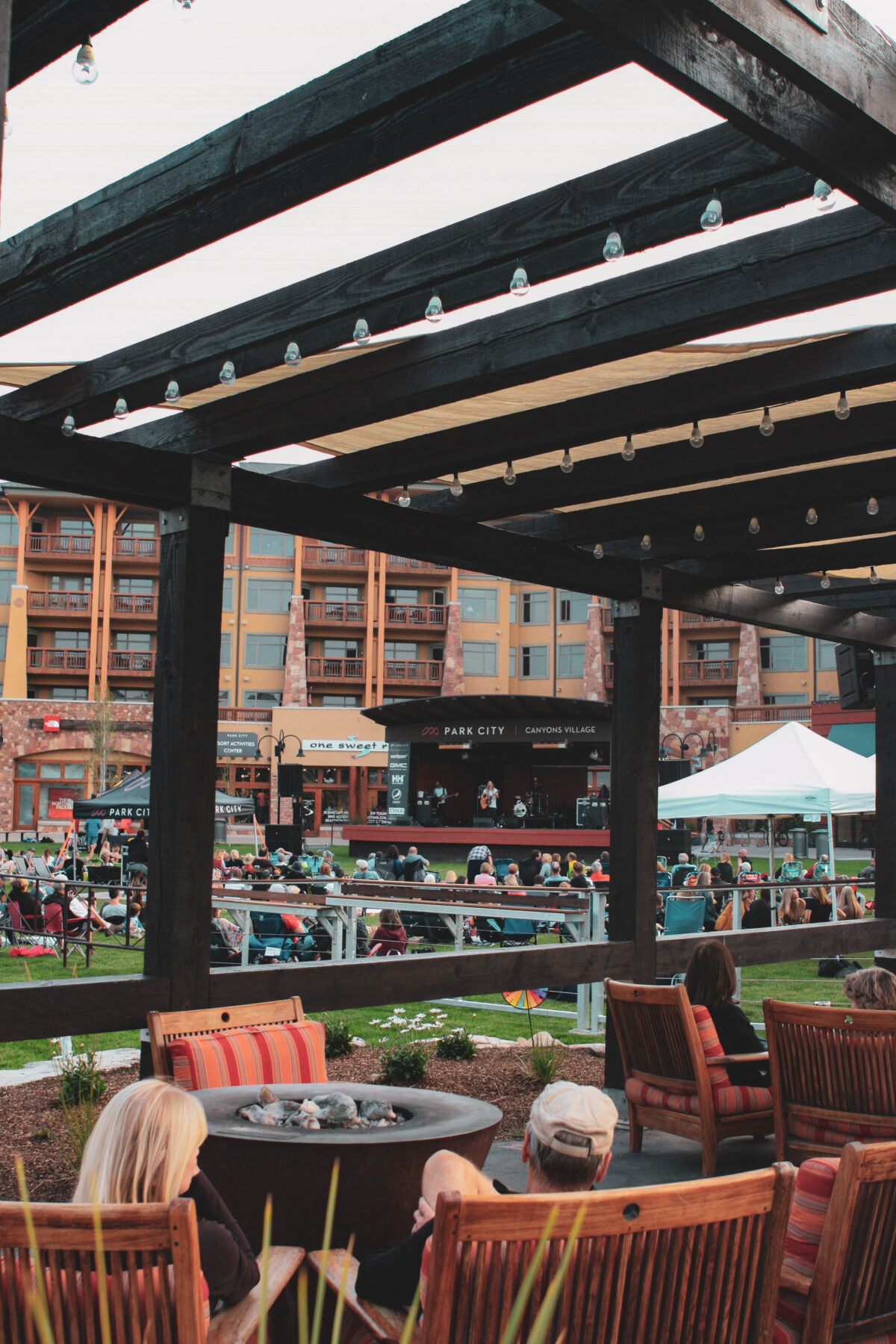 Live music on the lawn of Sundial Lodge located in Canyons Village, Park City Utah